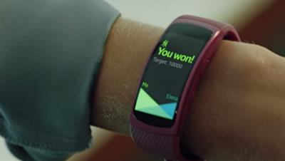 A feature-packed GPS sports band that lets you leave the phone at home…