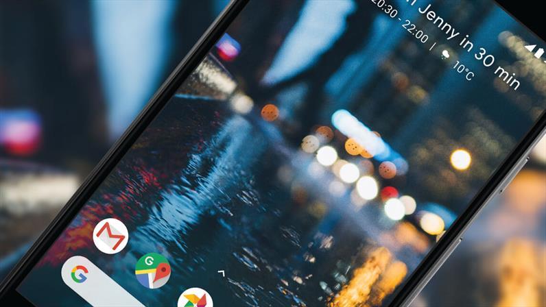 Google Pixel goes head to head with Pixel 2...